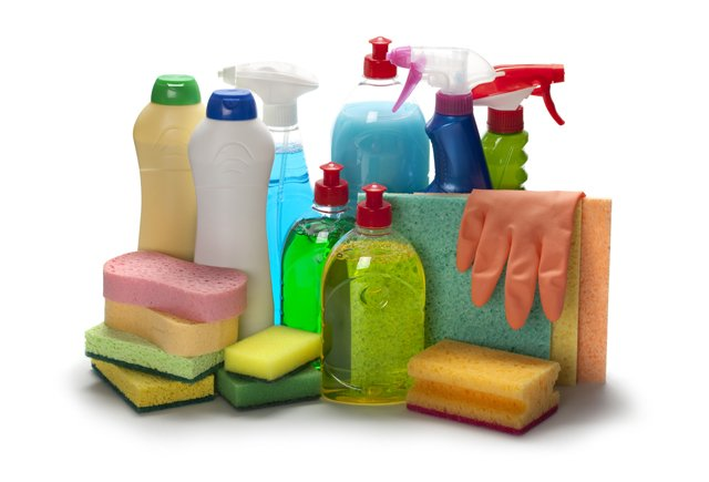 Cleaning products to manage allergies